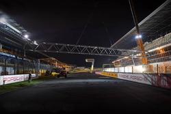 Travaux d'aménagement de la nouvelle ligne de départ sur le Circuit du Mans