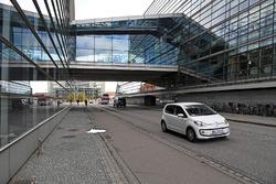 Датская Королевская библиотека, мимо которой будет проходить трасса Формулы 1 в Копенгагене. Библиотечное здание, также известное как «Черный алмаз», находится на набережной Кристианс Брюгге