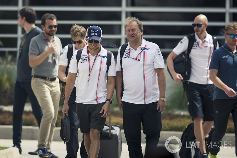 Sergio Perez, Force India and Robert Fearnley, Force India F1 Team Deputy Team Principal