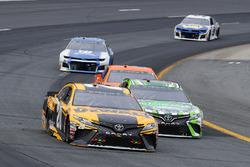 Erik Jones, Joe Gibbs Racing, Toyota Camry DeWalt and Kyle Busch, Joe Gibbs Racing, Toyota Camry Interstate Batteries