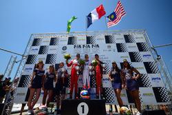 Pódio do campeonato europeu de kart em Portimao