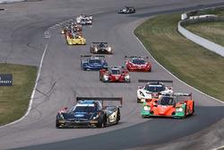 #10 Wayne Taylor Racing Corvette DP: Ricky Taylor, Jordan Taylor, #55 Mazda Motorsports Mazda Protot