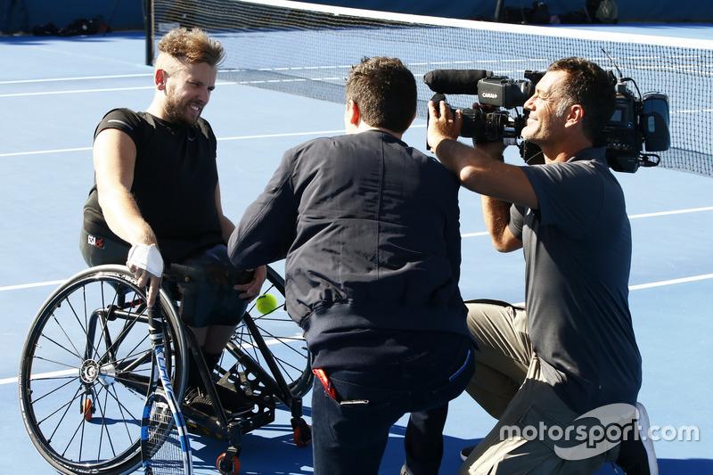 Dylan Alcott, Campeón paralímpico australiano, en entrevista