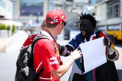 Kimi Raikkonen, Ferrari y Mr Moko