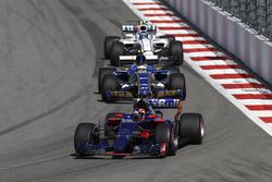 Даниил Квят, Scuderia Toro Rosso STR12, Паскаль Верляйн, Sauber C36, Лэнс Стролл, Williams FW40