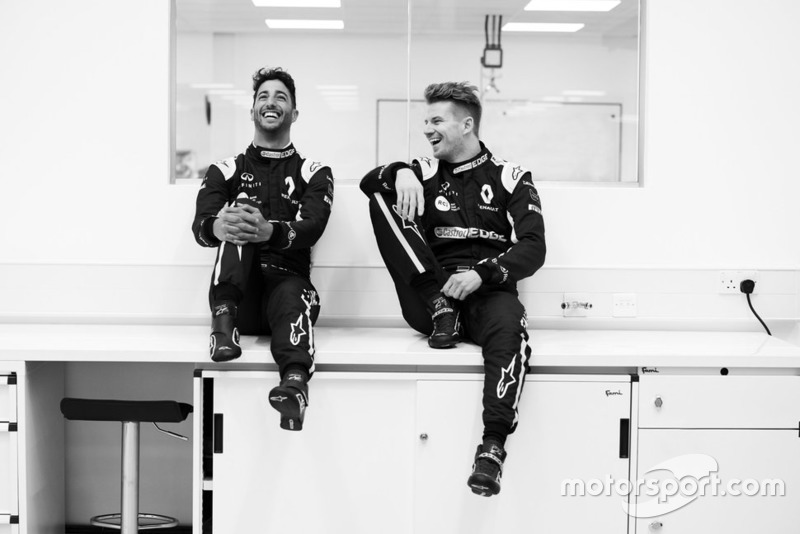Daniel Ricciardo e Nico Hulkenberg