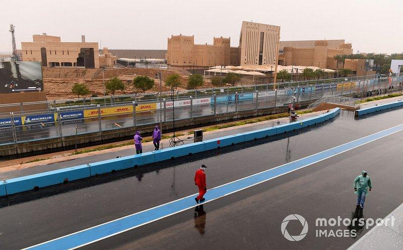 Lluvia en el circuito