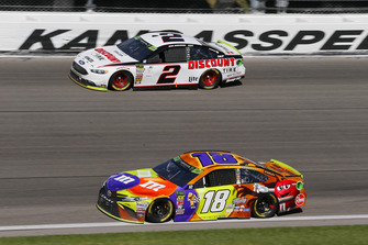 Kyle Busch, Joe Gibbs Racing, Toyota Camry M&M's Halloween and Brad Keselowski, Team Penske, Ford Fusion Discount Tire