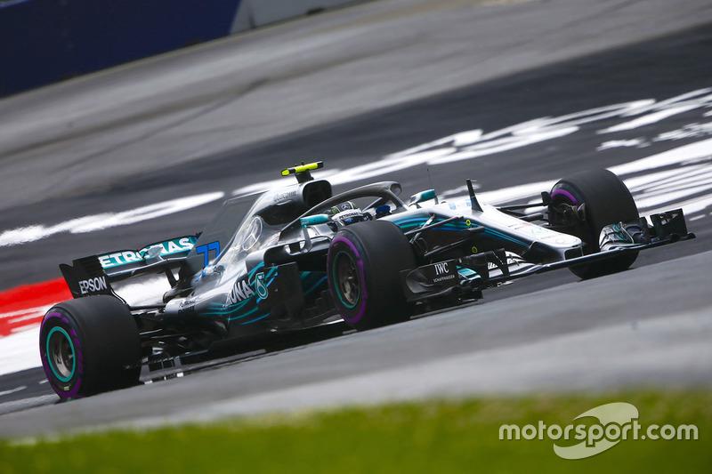 1: Valtteri Bottas, Mercedes AMG F1 W09, 1'03.130