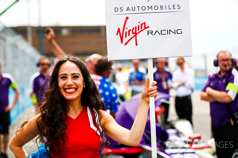 Sam Bird, DS Virgin Racing y chica de la parrilla