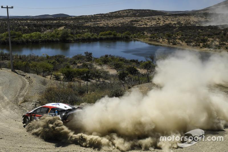 Яри-Матти Латвала и Миикка Анттила, Toyota Gazoo Racing WRT Toyota Yaris WRC