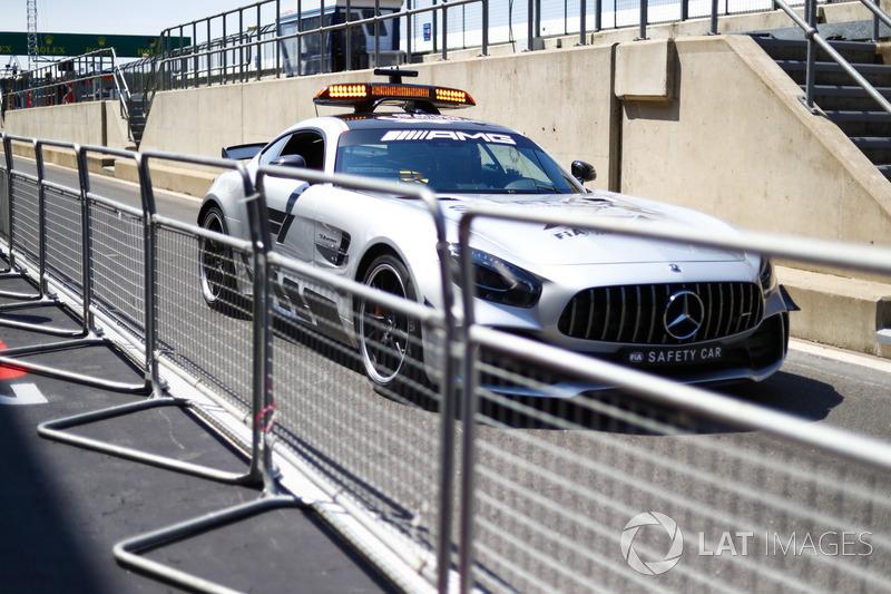 Safety car AMG Mercedes GT-S