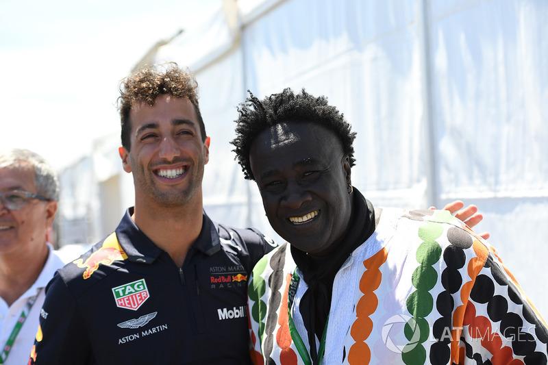 Daniel Ricciardo, Red Bull Racing e Memo Rojas, Moko, Chrome Hearts Jewellary