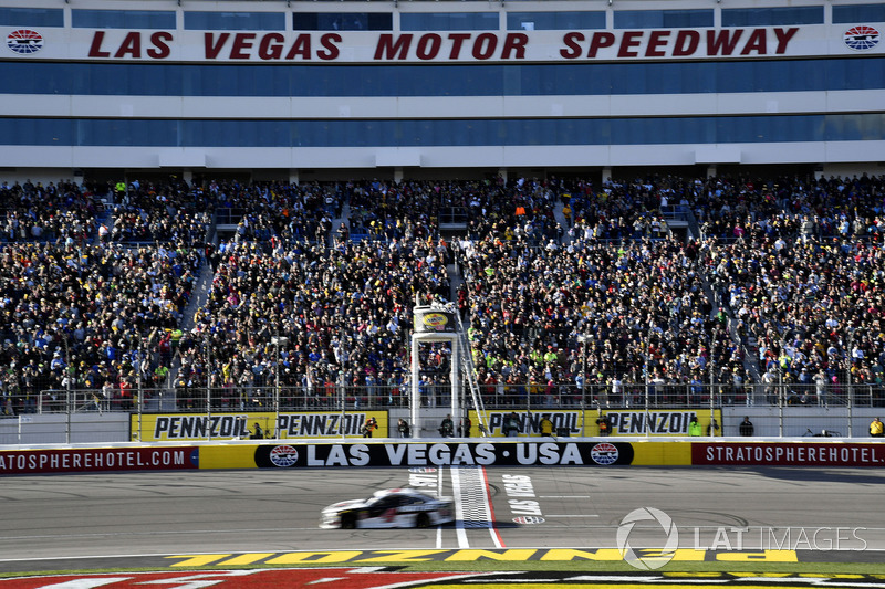 Kevin harvick stewart haas racing ford fusion jimmy john for Las vegas motor speedway open track days