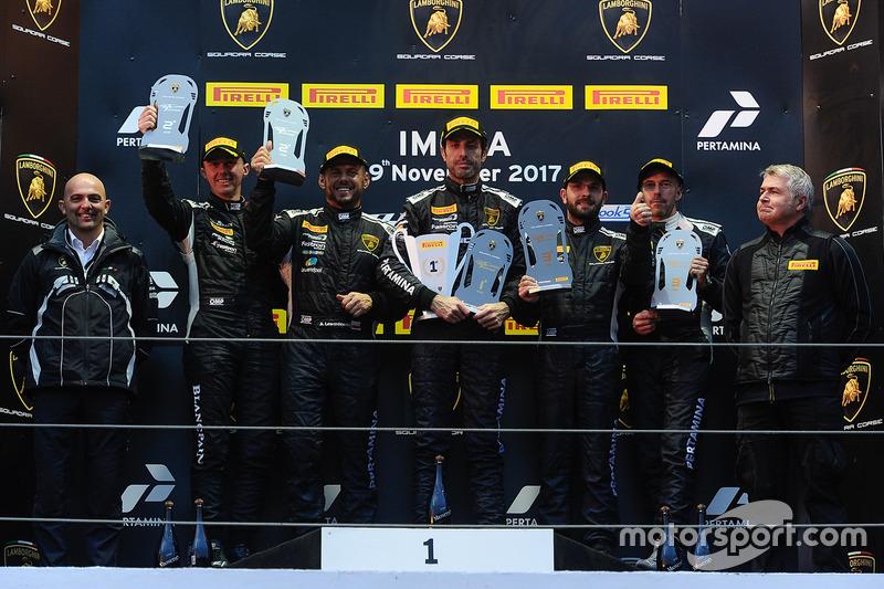 Podium Europe AM: first place Raffaele Giannoni, Automobile Tricolore, second place Andrej Lewandowski, Teodor Myszkowski, VS Racing, third place Philipp Wlazik, Florian Scholze, Dörr Motorsport