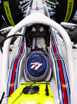Valtteri Bottas, Williams FW38 Mercedes con el halo