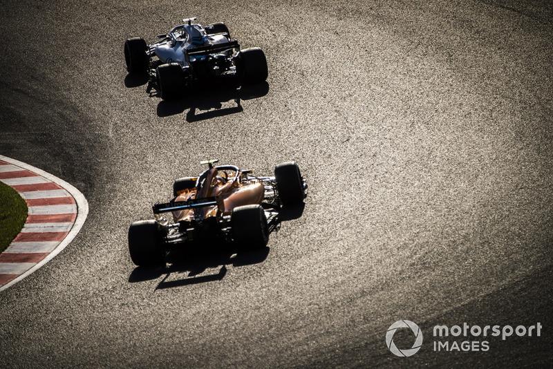 Лэнс Стролл, Williams FW41, и Стоффель Вандорн, McLaren MCL33