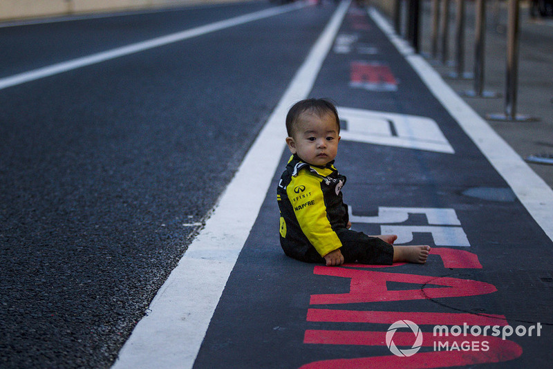 Un pequeño fan de Renault Sport F1 Team