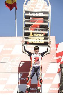 Podium:race winner Marc Marquez, Repsol Honda Team