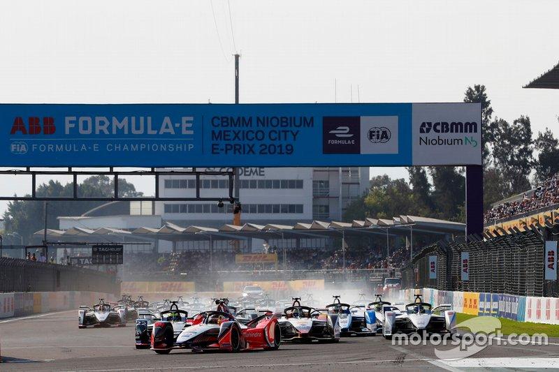 Pascal Wehrlein, Mahindra Racing, M5 Electro, al comando dalla partenza ella gara
