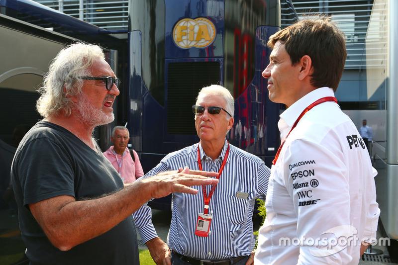 Flavio Briatore, Piero Ferrari, Ferrari Başkan Yardımcısı ve Toto Wolff, Mercedes AMG F1 Direktörü