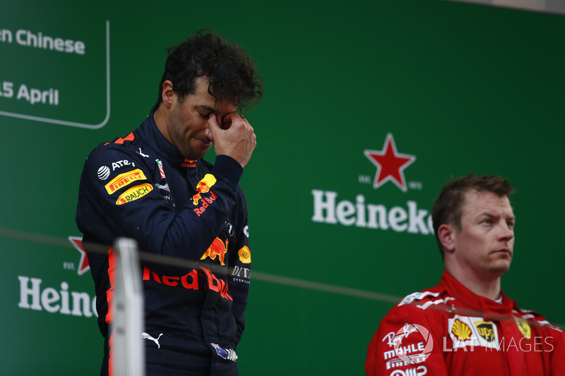 Podium: race winner Daniel Ricciardo, Red Bull Racing, third place Kimi Raikkonen, Ferrari