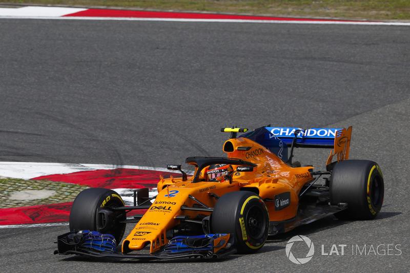 16 місце — Стоффель Вандорн, McLaren — 19