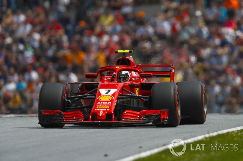 Raikkonen, Alonso'yu yakalıyor
