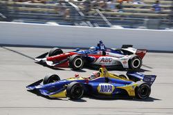 Alexander Rossi, Andretti Autosport Honda, Tony Kanaan, A.J. Foyt Enterprises Chevrolet