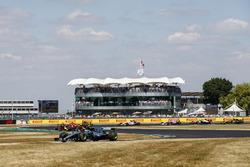 Lewis Hamilton, Mercedes AMG F1 W09, Max Verstappen, Red Bull Racing RB14, y Daniel Ricciardo, Red Bull Racing RB14