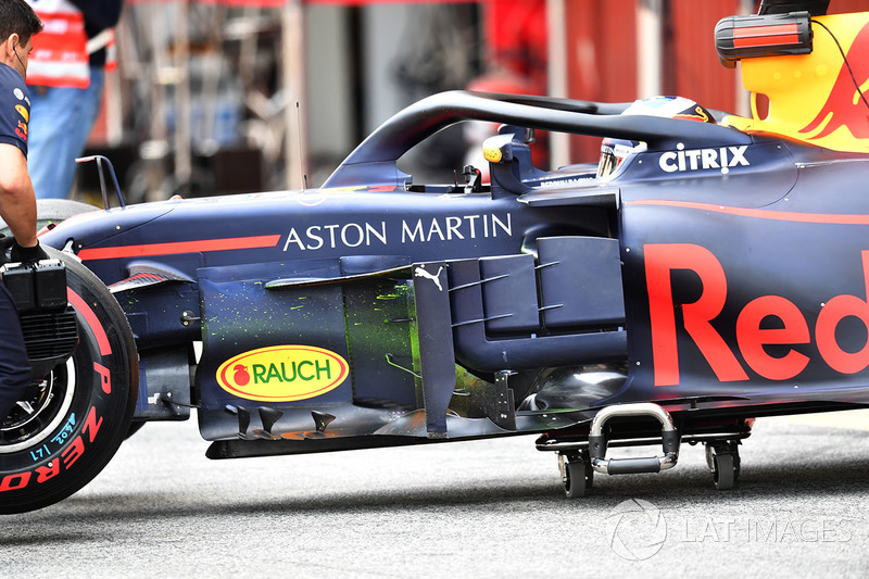 Daniel Ricciardo, Red Bull Racing RB14 con vernice aerodinamica sul bargeboard