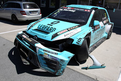 Volkswagen Golf GTi TCR Жана-Карла Вернэ после аварии