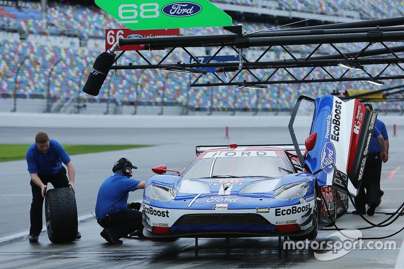 #66 Chip Ganassi Racing Ford GT: Dirk Müller, Joey Hand, Sébastien Bourdais