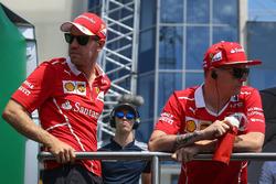 Sebastian Vettel, Ferrari ve Kimi Raikkonen, Ferrari