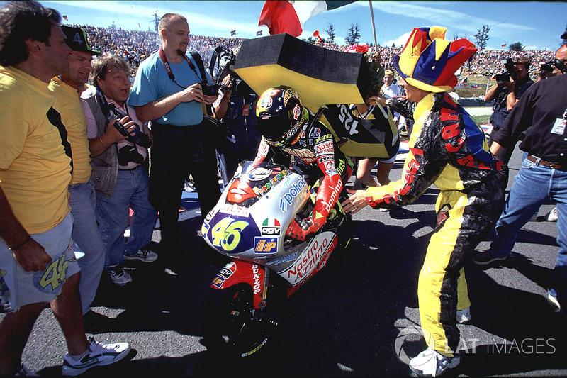 Brno 1997: Campeón del mundo de 125cc un año después de la primera victoria.