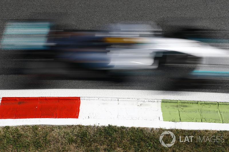 5. GP da Itália, 2017: Lewis Hamilton (Mercedes) em 1h15min32s312 (243.627 km/h)