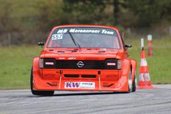 René Tschirky, Opel Kadett C, MB Motorsport, Training