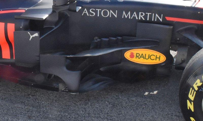 Бічний понтон Red Bull Racing RB15