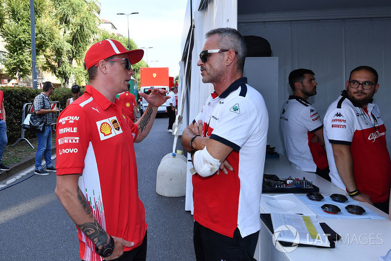 Kimi Raikkonen, Ferrari e Beat Zehnder, Sauber Manager