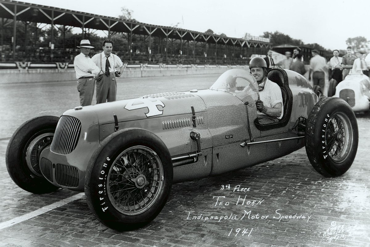 One of the few times Horn felt intimidated was trying to manhandle the powerful but difficult Joel Thorne-owned Adam/Sparks beast in practice and qualifying in 1941. Of course he adapted, and on race day climbed from 28th on the grid to finish third.