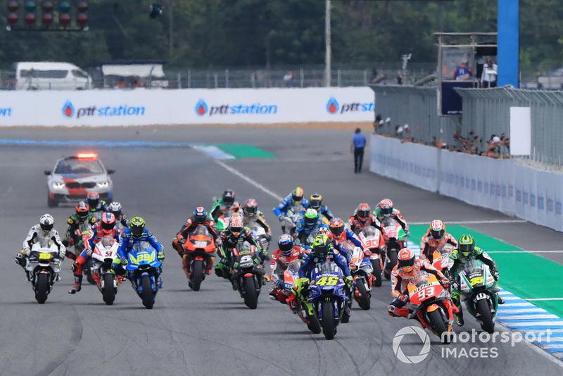 Старт гонки, Марк Маркес, Repsol Honda Team, Валентино Россі, Yamaha Factory Racing