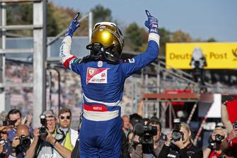 Race winner Robert Shwartzman, PREMA Theodore Racing Dallara F317 - Mercedes-Benz
