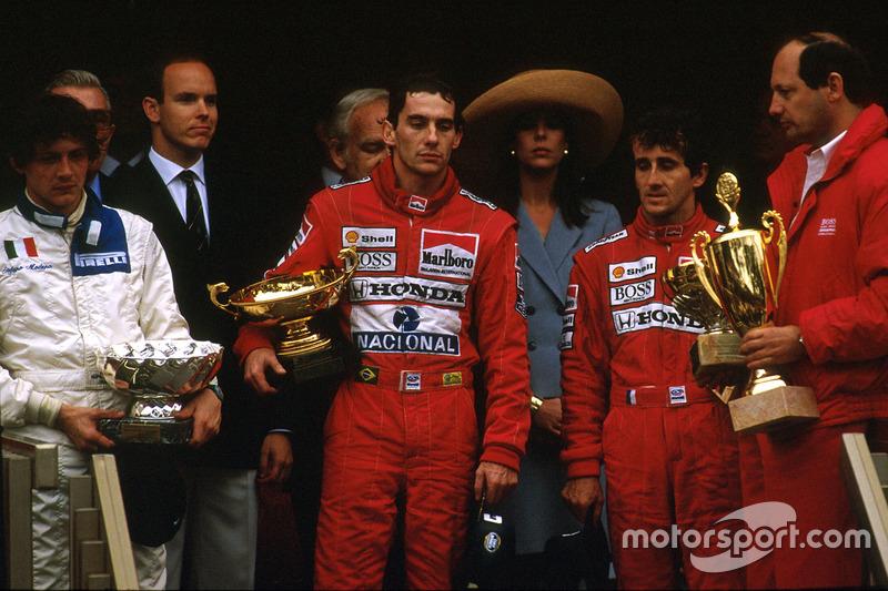 1989: Éxito pese a una rivalidad creciente