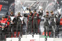 Podium: les vainqueurs Marcel Fassler, Dries Vanthoor, Belgian Audi Club Team WRT, les deuxièmes Jake Dennis, Pieter Schothorst, Team WRT, les troisièmes Christian Engelhart, Mirko Bortolotti, GRT Grasser Racing Team