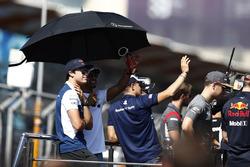 Лэнс Стролл, Williams, и Льюис Хэмилтон, Mercedes AMG F1