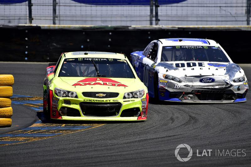 Dale Earnhardt Jr., Hendrick Motorsports Chevrolet, Danica Patrick, Stewart-Haas Racing Ford
