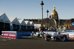 Antonio Felix da Costa, Amlin Andretti Formula E Team, devance Mitch Evans, Jaguar Racing