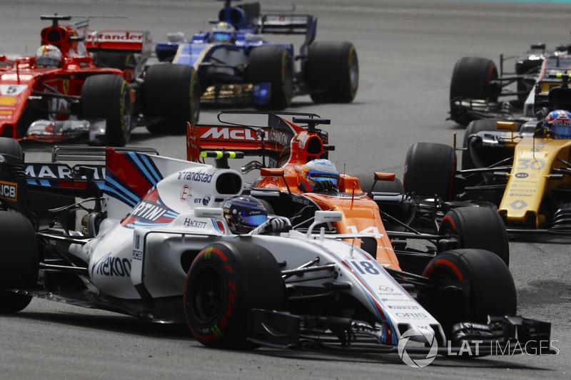 Ленс Стролл, Williams FW40, Фернандо Алонсо, McLaren MCL32, Себастьян Феттель, Ferrari SF70H
