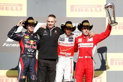 Podium: 1. Lewis Hamilton, McLaren; 2. Sebastian Vettel, Red Bull Racing; 3. Fernando Alonso, Ferrari