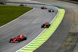 Kimi Raikkonen, Ferrari SF70H, Max Verstappen, Red Bull Racing RB13, Felipe Massa, Williams FW40, Fernando Alonso, McLaren MCL32